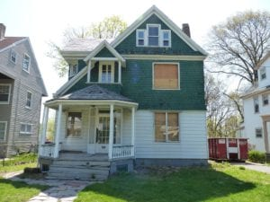 1890's Victorian before painting and new windows.