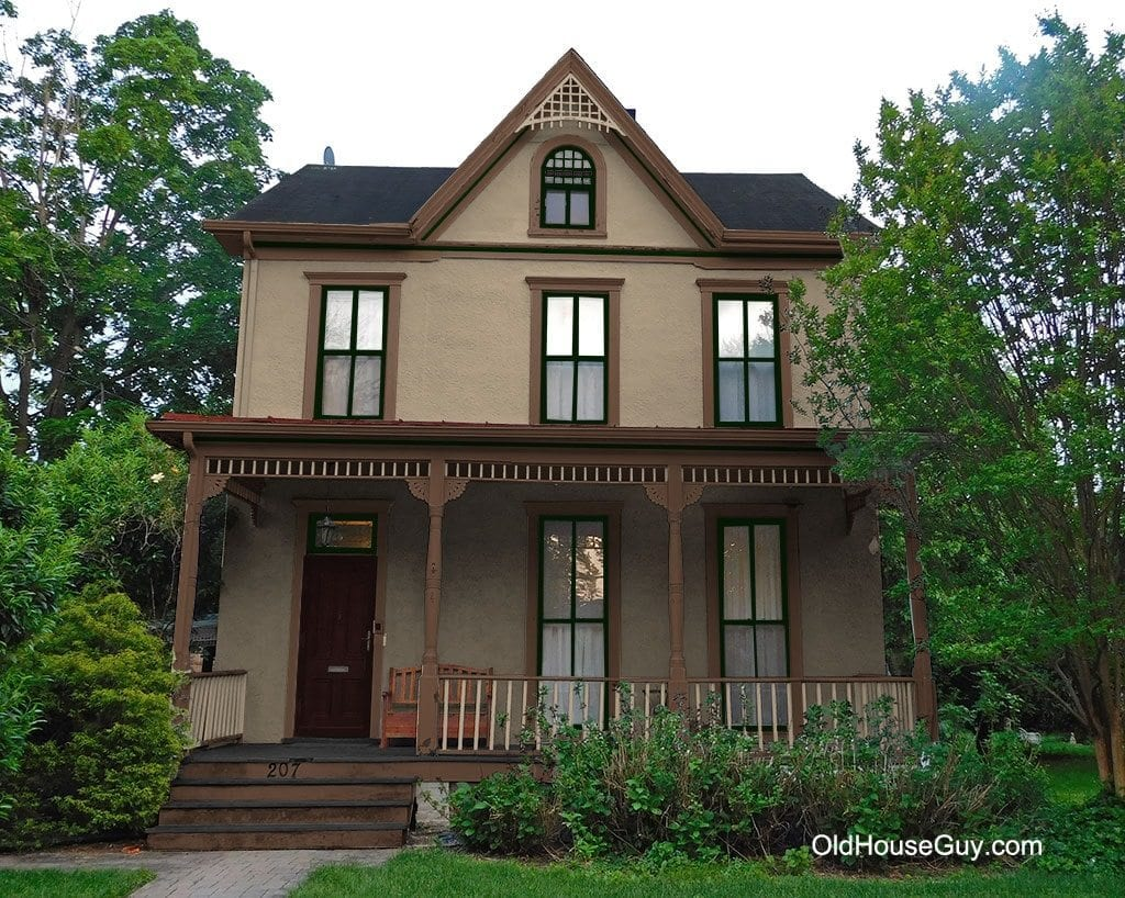 Exterior paint colors consulting for old houses sample for Modern alternatives to stucco