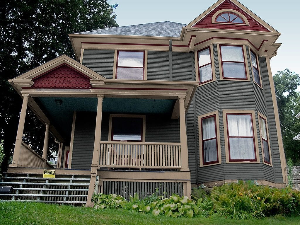 New Victorian exterior paint color scheme and corrected color placement