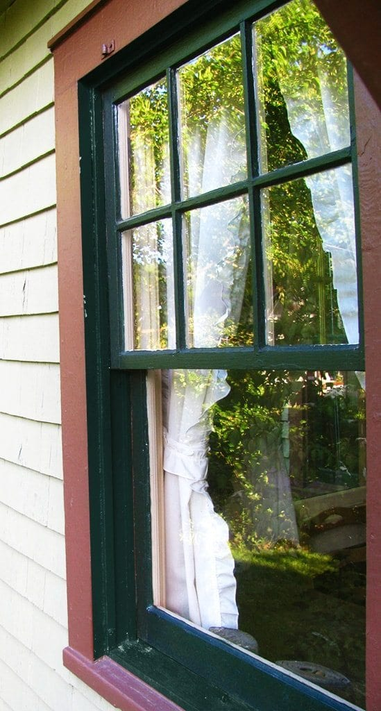 Painting windows color placement mistakes for Florida style windows