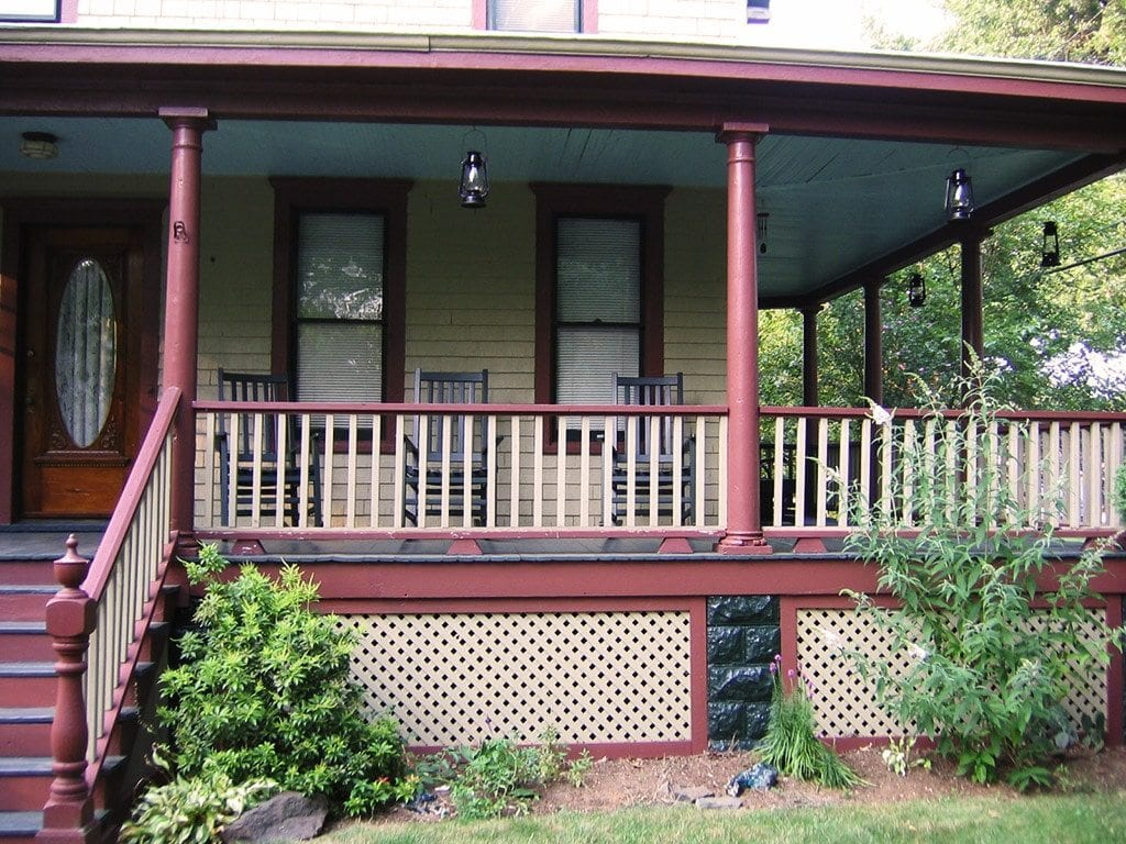 porch railing height building code vs curb appeal. Black Bedroom Furniture Sets. Home Design Ideas