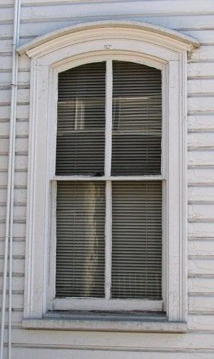 italianate window style