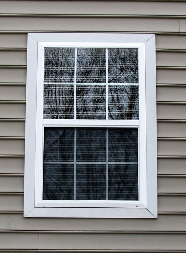 Window designs curb appeal for House front window design