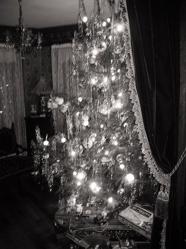 Old Fashioned Christmas Tree 1940's Style Oldhouseguy Blog