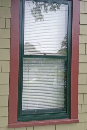 quanta panel double track storm window