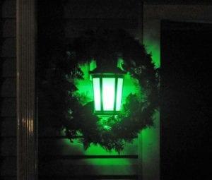 colored light bulbs for christmas