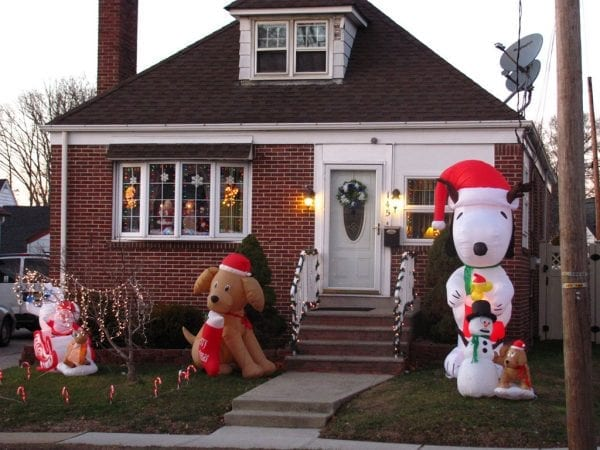 inflatable christmas decorations